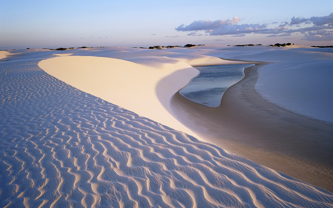 Dunes-Near-Lagoa-Bonita-Beautiful-Lagoon