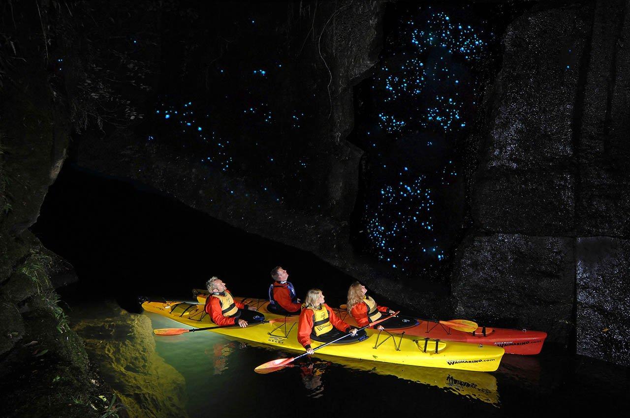 Waitomo-Glowworm-Caves-01