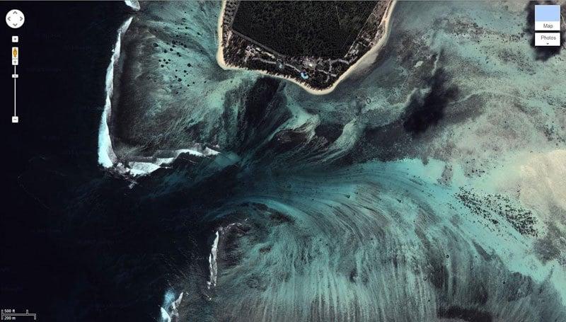 underwater-waterfall-gmap-mauritius