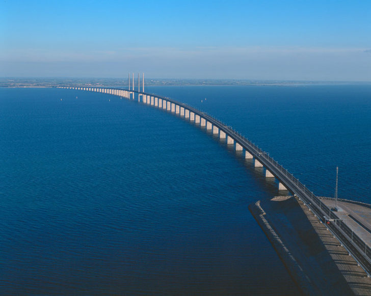 tunnel-bridge-oresund-link-artificial-island-sweden-denmark-11
