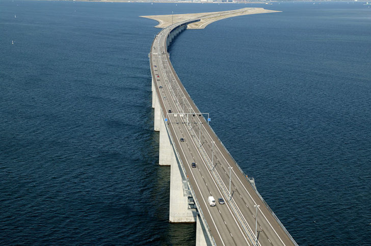 tunnel-bridge-oresund-link-artificial-island-sweden-denmark-14