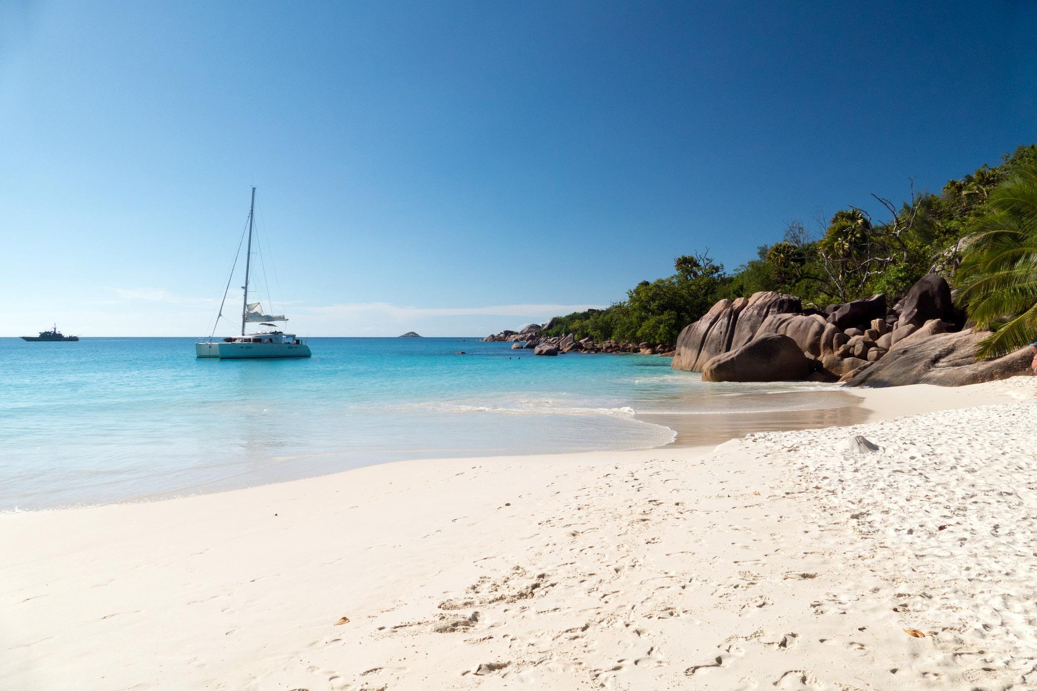 les 15 plus belles plages paradisiaques au monde. Black Bedroom Furniture Sets. Home Design Ideas