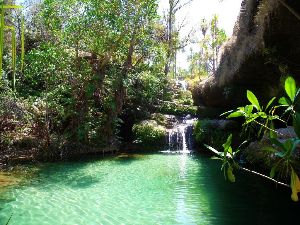 Top 10 des plus belles piscines naturelles au monde for Piscine naturel