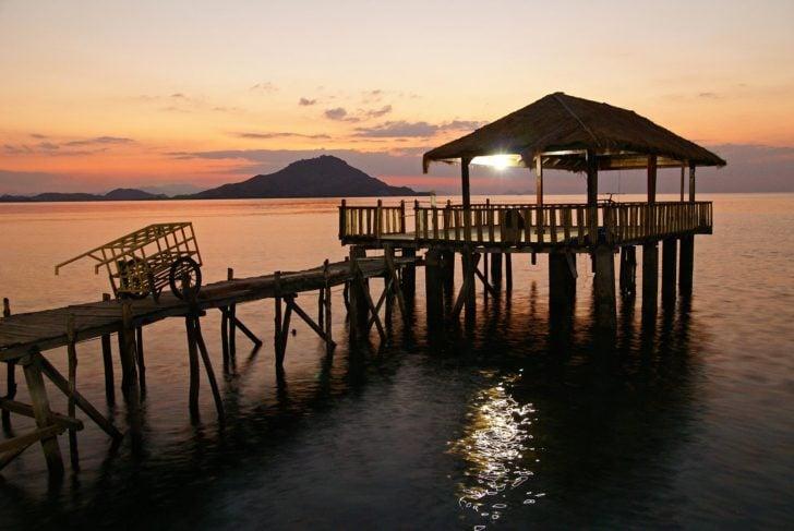 Coucher de soleil Kanawa Flores, Indonésie