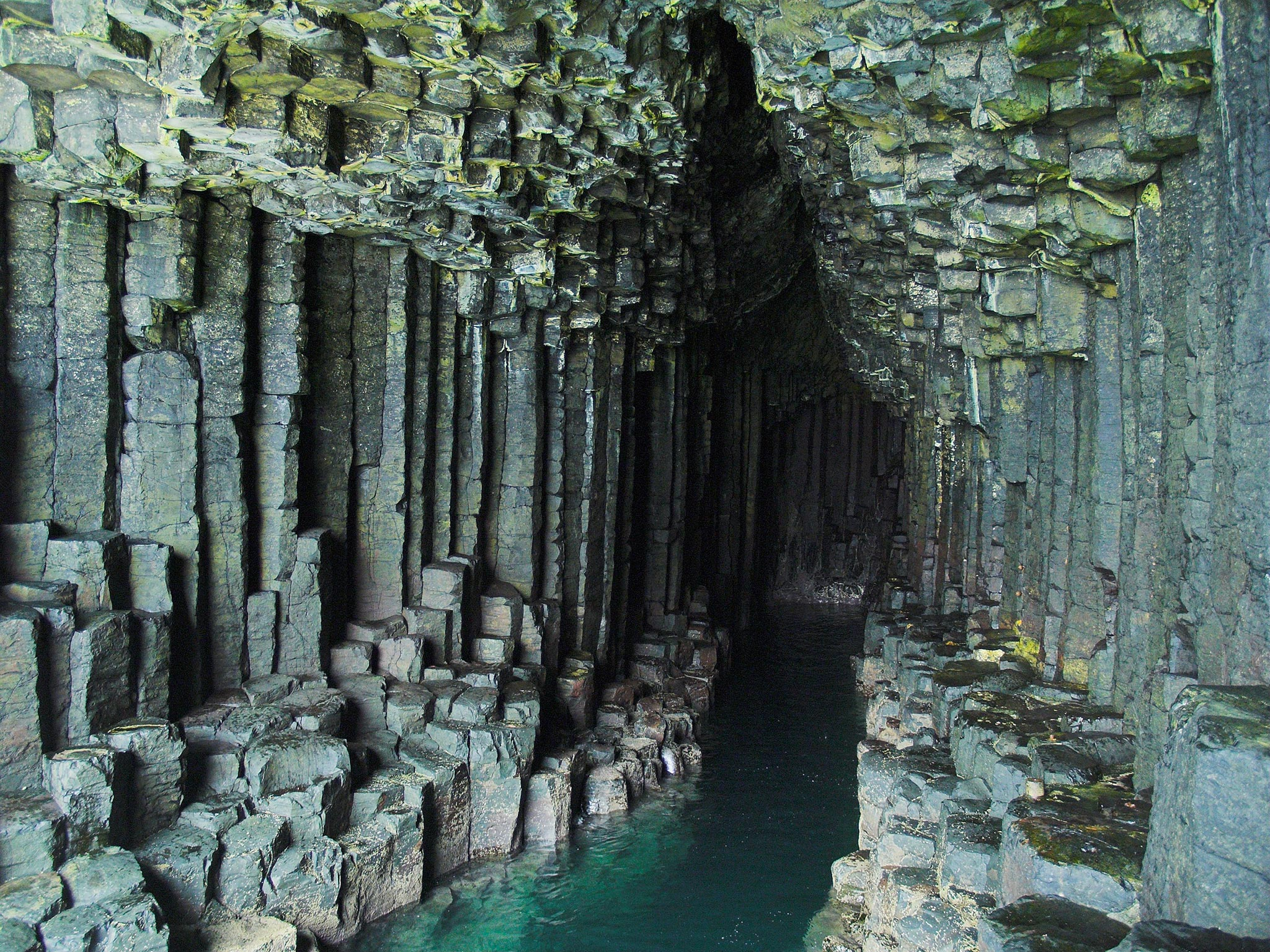 Fingal-Cave,-Écosse