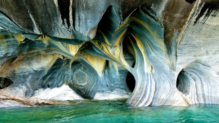 Marble-Caves,-Chili