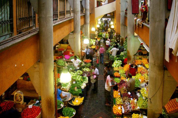Fruits et légumes au marché de Port-Louis