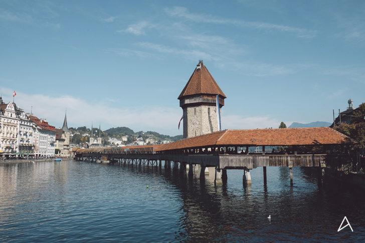 Pont de Kapellbrücke à Lucerne