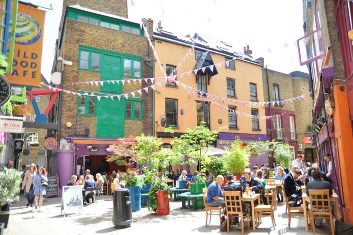 neals-yard-secret-garden-seven-dials-covent-garden-london