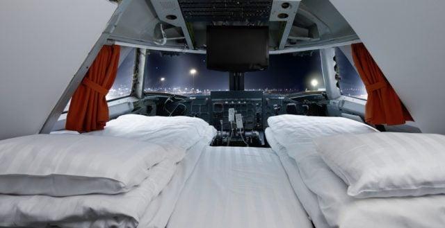 Suite cockpit Boeing 747