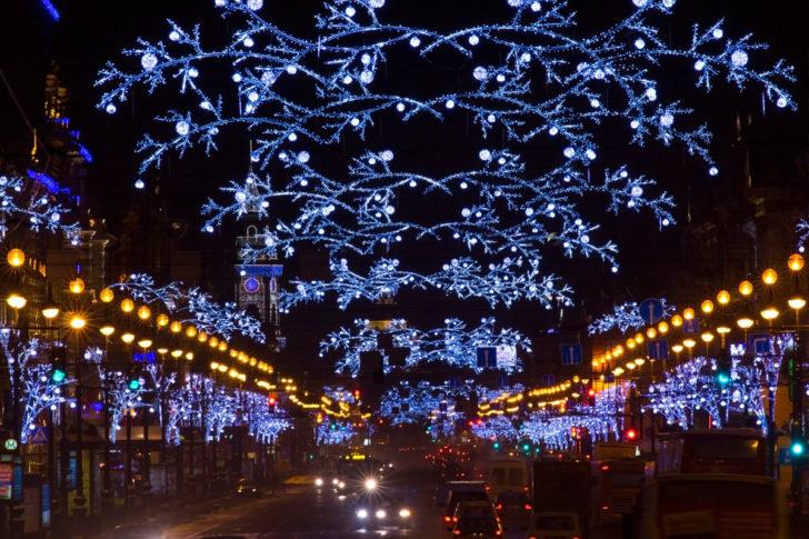 Russie, Saint Pétersbourg, décorations Noël