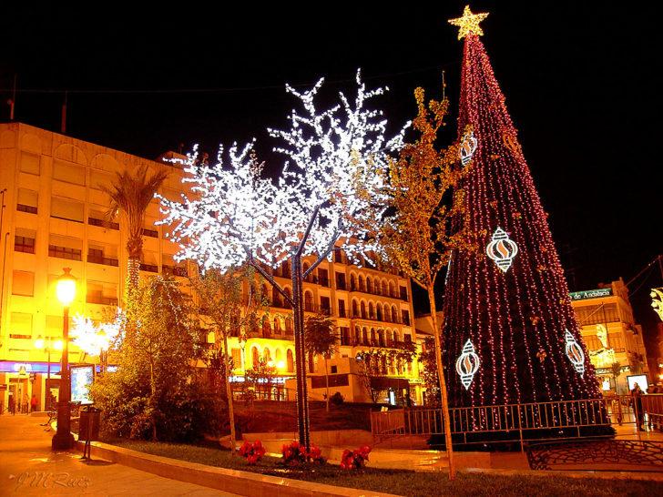 Espagne, Puente Genil, décorations Noël