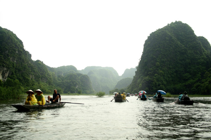 Un tour de bateau à Tam Cốc-Bích Động