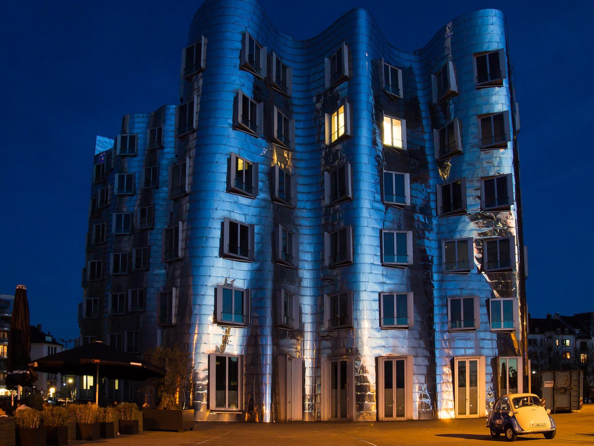 dusseldorf architecture moderne