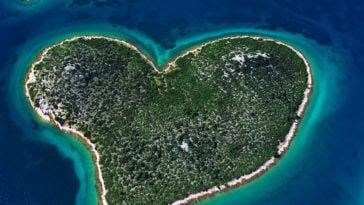 Galešnjak Croatie île coeur