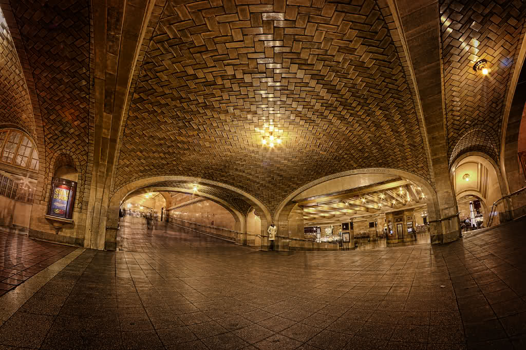 Whispering Gallery grand central 2