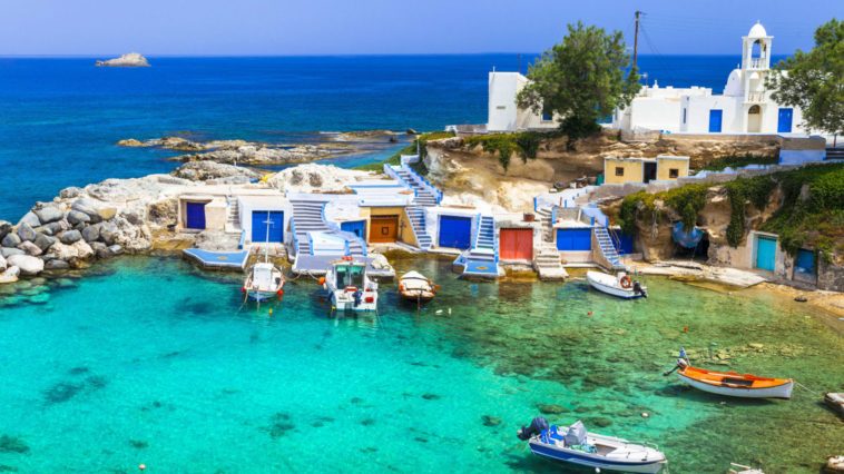 Cyclades, port