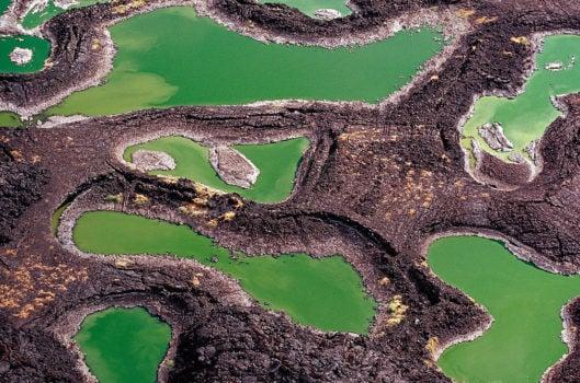 Lac Turkana, piscines de roche de lave