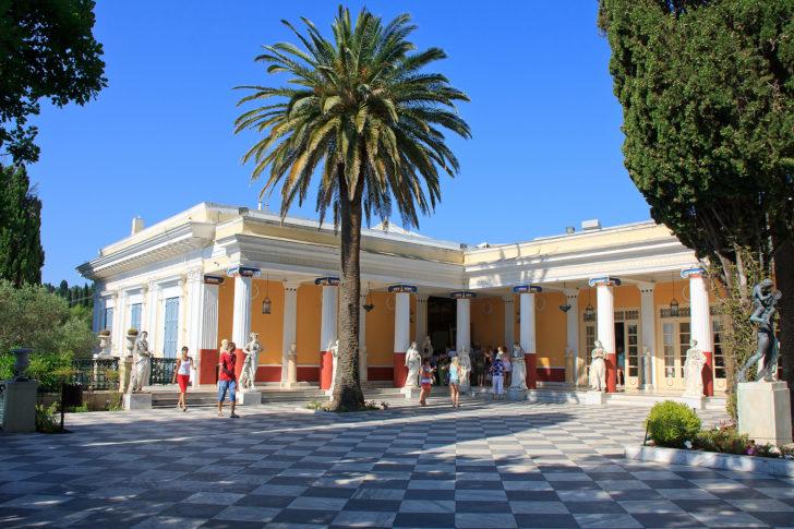 L'Achilleion à Corfou-ville