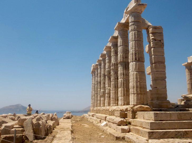 Le temple de Poséidon au Cap Sounion en Grèce