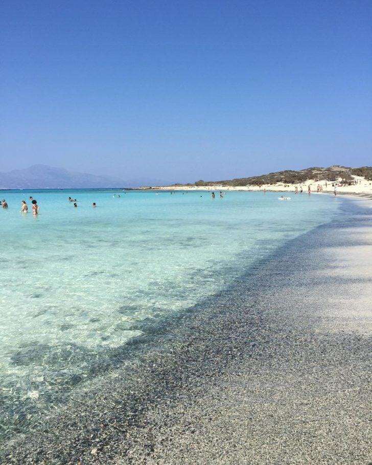 La plage de Gaϊdouronissi en Grèce