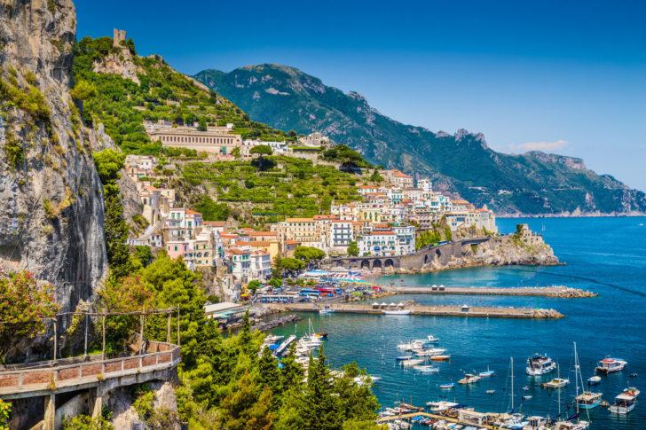 Amalfi sur la Côte amalfitaine en Italie