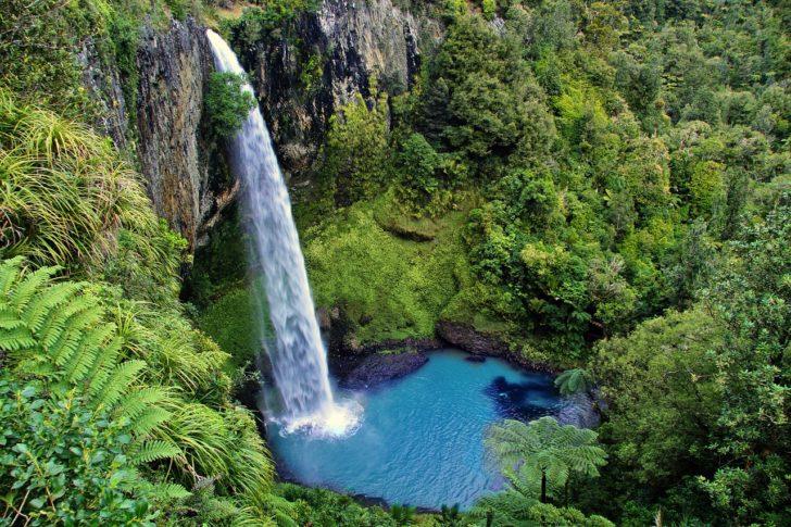 Bridal Veil Falls en Nouvelle-Zélande