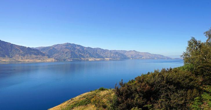 Le Lac Hawea en Nouvelle-Zélande