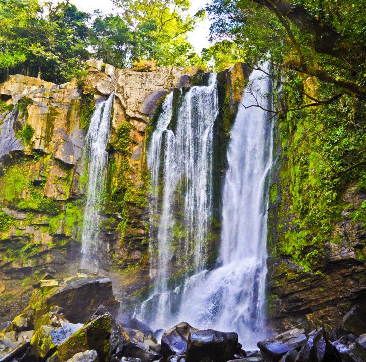 La cascade de Nayuaca au Costa Rica