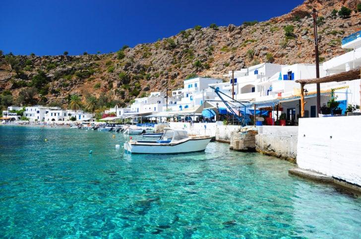 Petit port en Crète