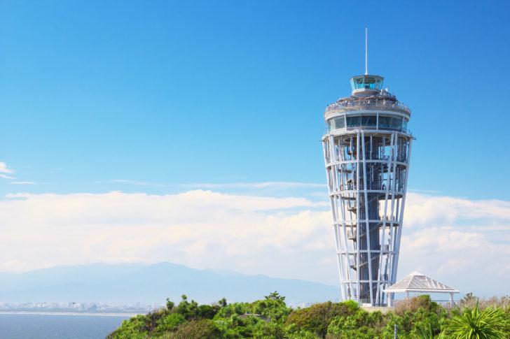 Le phare d'Enoshima au Japon