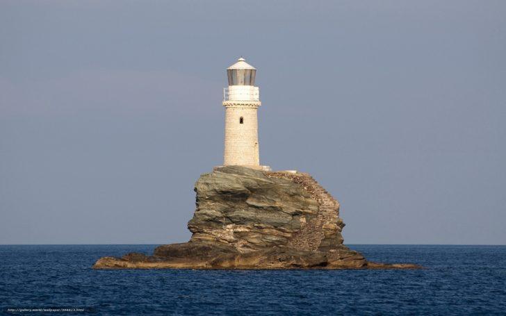 Le phare de Tourlitis en Grèce