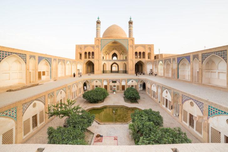 La mosquée Agha Bozorg en Iran