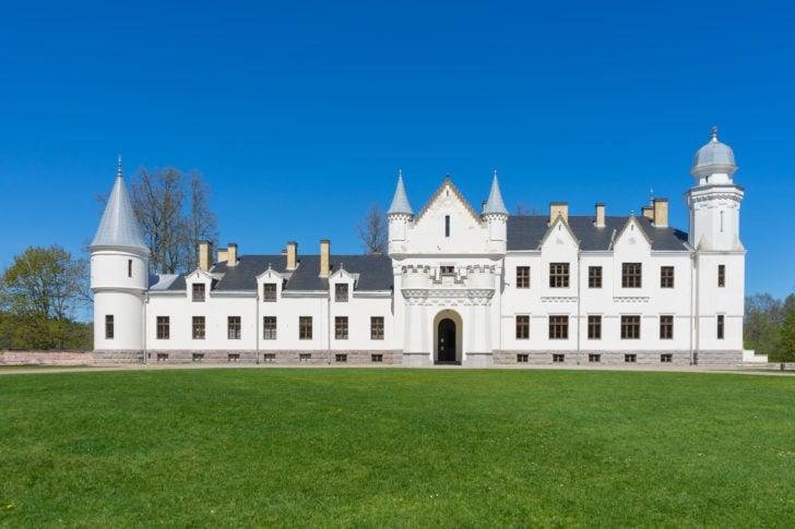 Le château d'Alatskivi en Estonie, Pays baltes