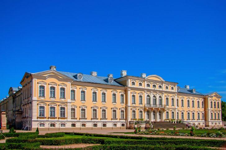 La palais de Rundale en Lettonie, Pays baltes