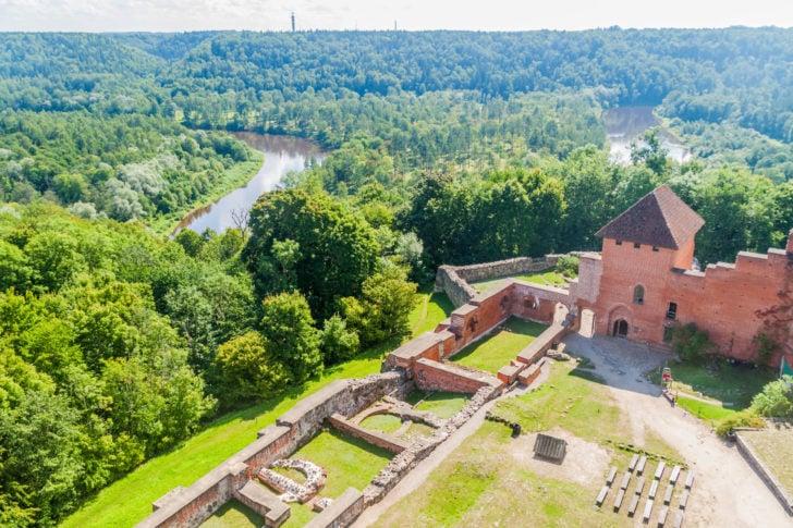 Le château de Turaïda dans le parc de la Gauja en Lettonie, Pays baltes