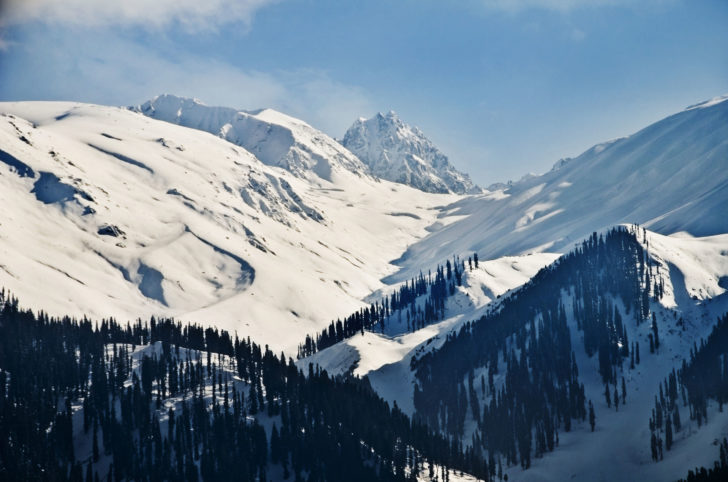 La station de ski Gulmarg en Inde